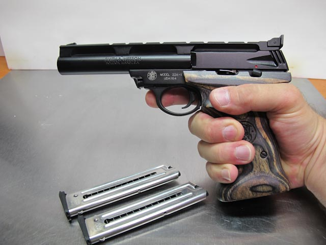 Smith-Wesson 22A right hand grip view